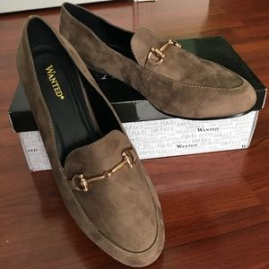 Wanted Saddlery Loafers with Gold Chain Link